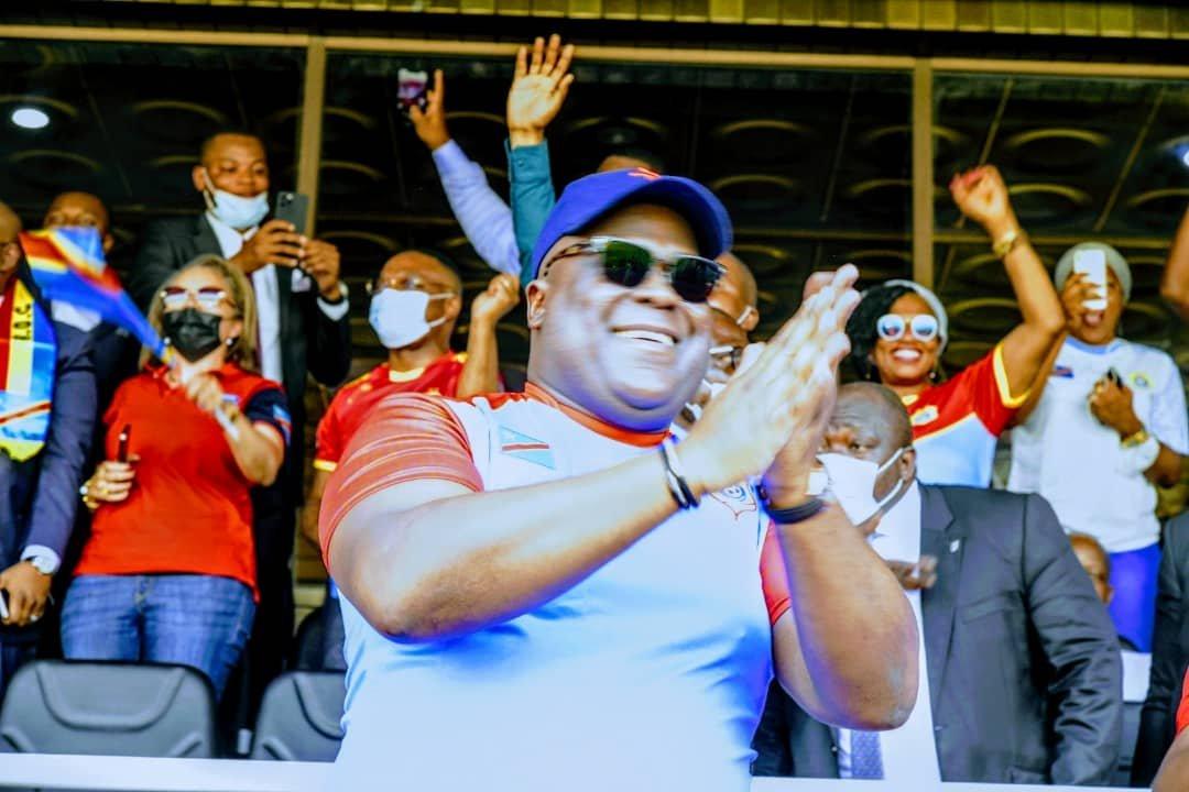 Le président de la République, Félix-Antoine Tshisekedi saluant le succès des Léopards de la RDC face aux Bareas de Madagascar au stade des Martyrs de la Pentecôte